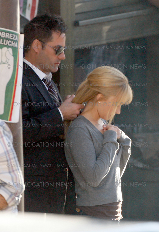 """LOS ANGELES, CALIFORNIA - THURSDAY 28TH 2009 NON EXCLUSIVE: Hayden Panettiere & co star Adrian Pasdar filming scenes for the TV Show """"Heroes"""". Photograph: On Location News. Sales: Eric Ford 1/818-613-3955 info@OnLocationNews.com"""