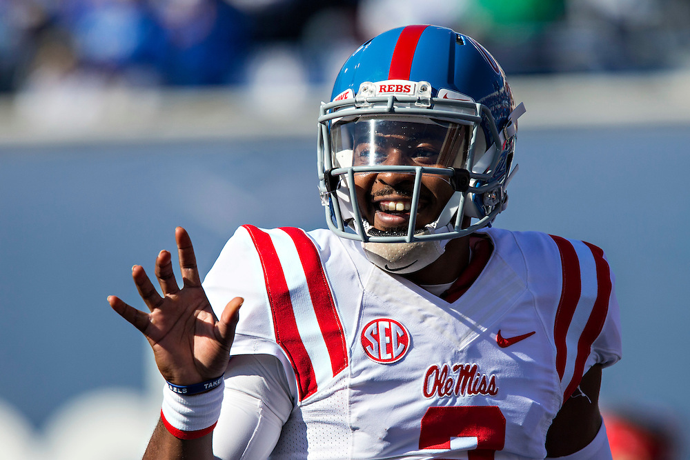 MEMPHIS, TN - OCTOBER 17:  DeVante Kincade #2 of the Ole Miss Rebels warming up before a game against the Memphis Tigers at Liberty Bowl Memorial Stadium on October 17, 2015 in Memphis, Tennessee.  The Tigers defeated the Rebels 37-24.  (Photo by Wesley Hitt/Getty Images) *** Local Caption *** DeVante Kincade
