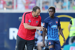 07.08.2016, Voith Arena, Heidenheim, GER, 2. FBL, 1. FC Heidenheim vs FC Erzgebirge Aue, 1. Runde, im Bild Trainer Frank Schmidt ( 1.FC Heidenheim ) David Atanga ( 1.FC Heidenheim ) // during the 2nd German Bundesliga 1st round match between 1. FC Heidenheim and FC Erzgebirge Aue Voith Arena in Heidenheim, Germany on 2016/08/07. EXPA Pictures © 2016, PhotoCredit: EXPA/ Eibner-Pressefoto/ Langer<br /> <br /> *****ATTENTION - OUT of GER*****