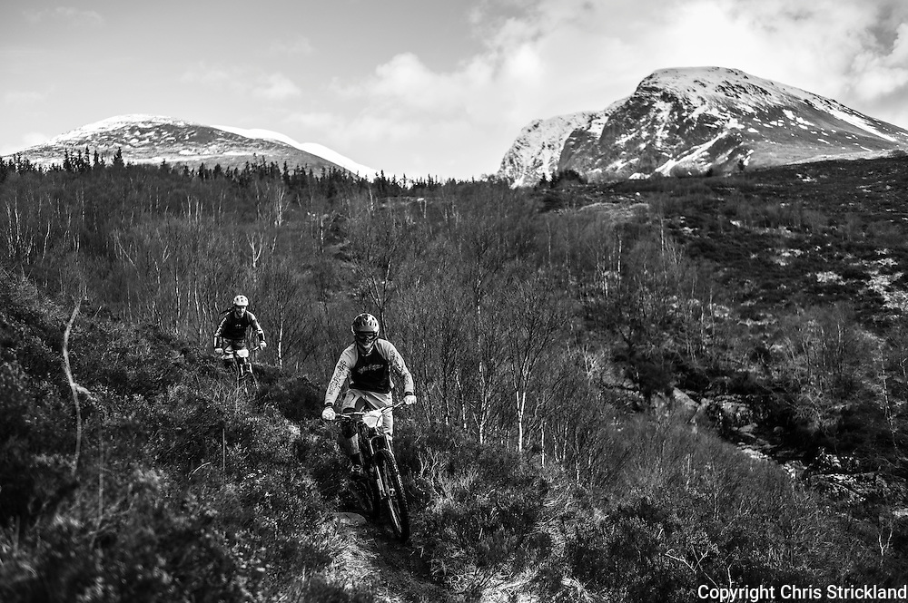 Fort William, Scottish Highlands, UK. 16th April 2016. Mountain bikers compete in the POC Scottish Enduro Series Round 2 on Nevis Range in the Scottish Highlands.