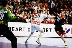 20.01.2020, Wiener Stadthalle, Wien, AUT, EHF Euro 2020, Oesterreich vs Deutschland, Hauptrunde, Gruppe I, im Bild v. l. Thomas Eichberger (AUT), Nikola Bilyk (AUT), Philipp Weber (GER) // f. l. Thomas Eichberger (AUT) Nikola Bilyk (AUT) Philipp Weber (GER) during the EHF 2020 European Handball Championship, main round group I match between Austria and Germany at the Wiener Stadthalle in Wien, Austria on 2020/01/20. EXPA Pictures © 2020, PhotoCredit: EXPA/ Florian Schroetter