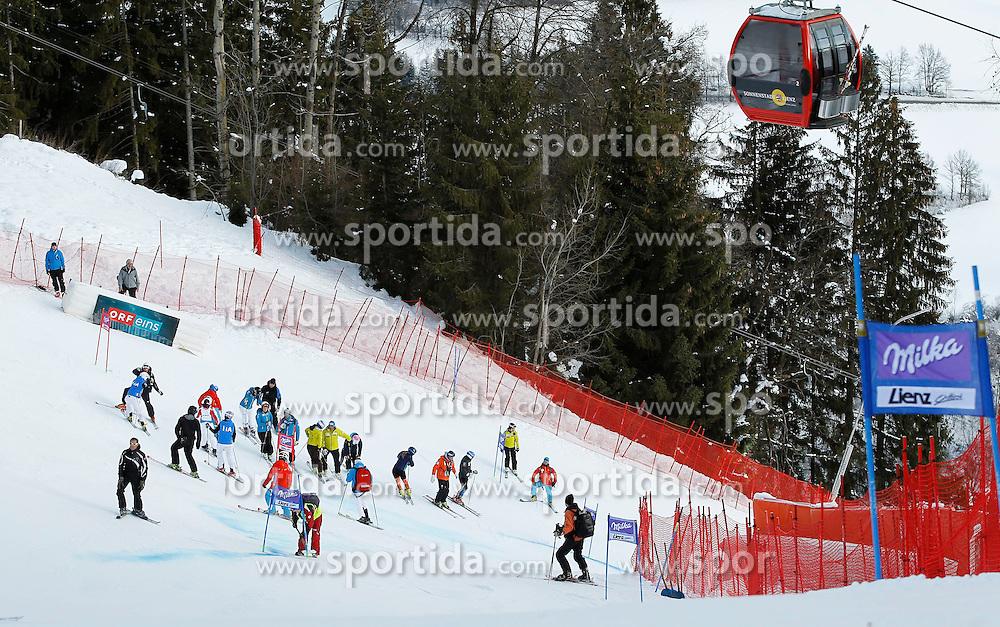 28.12.2013, Hochstein, Lienz, AUT, FIS Weltcup Ski Alpin, Damen, Streckenbesichtigung // during the course inspection of ladies Giant Slalom of FIS Ski Alpine Worldcup at Hochstein in Lienz, Austria on 2013/12/28. EXPA Pictures © 2013, PhotoCredit: EXPA/ Oskar Höher
