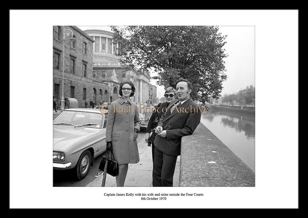 Sie finden einzigartige Fotos von Captain James Kelly zum Verkauf auf irishphotoarchive.ie Es kann sehr schwierig sein das Beste Geschenk fuer jemanden zu finden. Besonders wenn Sie ien Geschenk fuer einen Mann suchen. Bei uns finden Sie Hilfe. Wir haben Geschenke die Ideal sind um sie Ihrem Grossvater zum verdienten Ruhestand zu schenken.