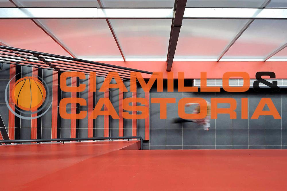 DESCRIZIONE : Cuisine centrale du Symoresco<br /> GIOCATORE : ARCHIPOLE<br /> SQUADRA : Architecte Pierre Yves Le Bot<br /> EVENTO : Architecture<br /> GARA : <br /> DATA : 02/05/2013<br /> CATEGORIA : Interieur Entree<br /> SPORT : <br /> AUTORE : JF Molliere<br /> Galleria : France Architecture 2013 <br /> Fotonotizia : Cuisine centrale du Symoresco<br /> Archipole <br /> Predefinita :