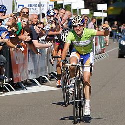 Brainwash Ladiestour Bunde-Berg en Terblijt Marianne Vos wins final stage