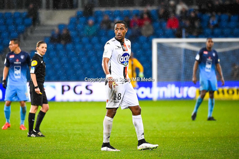 Hassane ALLA  - 12.12.2014 - Le Havre / Laval - 17eme journee de Ligue 2 <br /> Photo : Fred Porcu / Icon Sport