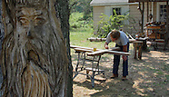 20020823 Bud Gray Woodcarving