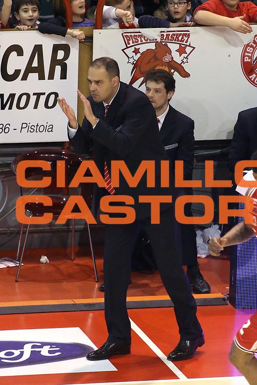 DESCRIZIONE : Campionato 2014/15 Giorgio Tesi Group Pistoia - EA7 Emporio Armani Milano<br /> GIOCATORE : Moretti Paolo<br /> CATEGORIA : Allenatore coach<br /> SQUADRA : Giorgio Tesi Group Pistoia<br /> EVENTO : LegaBasket Serie A Beko 2014/2015<br /> GARA : Giorgio Tesi Group Pistoia - EA7 Emporio Armani Milano<br /> DATA : 12/01/2015<br /> SPORT : Pallacanestro <br /> AUTORE : Agenzia Ciamillo-Castoria / Stefano D'Errico<br /> Galleria : LegaBasket Serie A Beko 2014/2015<br /> Fotonotizia : Campionato 2014/15 Giorgio Tesi Group Pistoia - EA7 Emporio Armani Milano<br /> Predefinita :