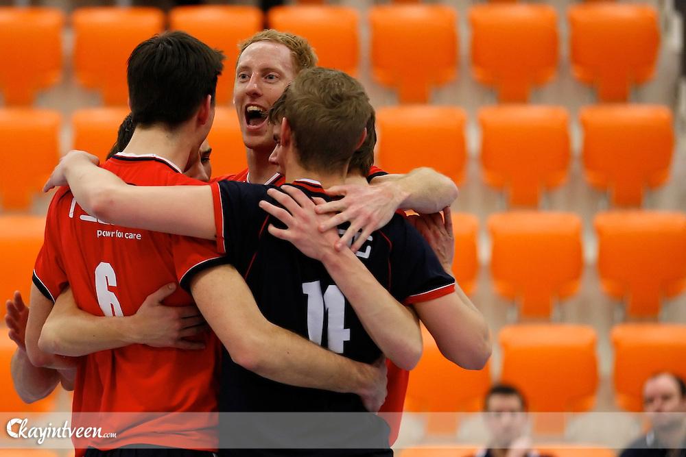 ROTTERDAM - Rivium Rotterdam - Taurus, A League, seizoen 2010-2011, 11-02-2011, Topsport centrum Rotterdam, Taurus blij met punt.