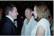 Jools Holland, Nick Mason and Lady durham. Goodwood Revival Meeting  Ball 16 September 2000. 2000© Copyright Photograph by Dafydd Jones 66 Stockwell Park Rd. London SW9 0DA Tel 020 7733 0108 www.dafjones.com