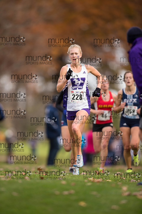 Grace Kary of the Western Mustangs runs in the women's  6K Dash at the 2013 CIS Cross Country Championships in London Ontario, Saturday,  November 9, 2013.<br /> Mundo Sport Images/ Geoff Robins