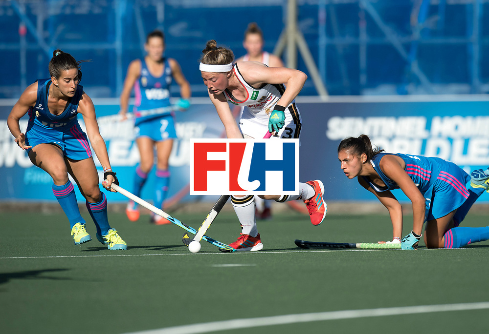 AUCKLAND - Sentinel Hockey World League final women<br /> Match id: 10301<br /> 11 GER v ARG (Pool B)<br /> Foto: Pelegrina Teresa Martin <br /> WORLDSPORTPICS COPYRIGHT FRANK UIJLENBROEK