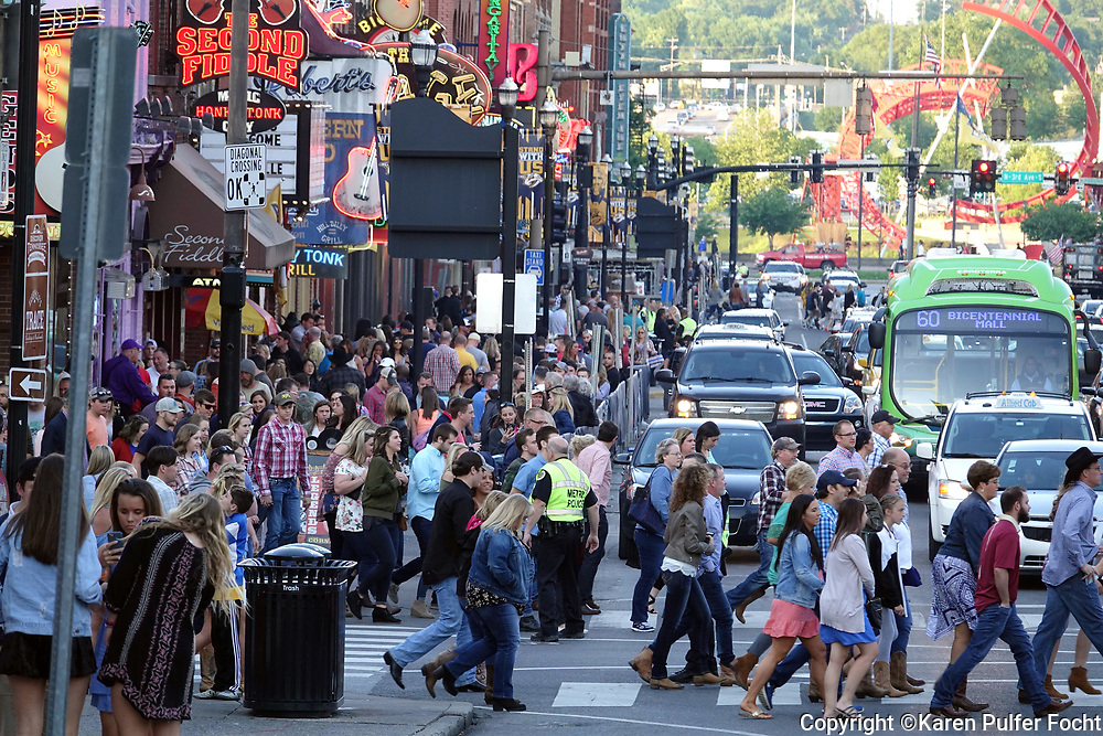 Nashville is booming, and isn't slowing. New population estimates from the U.S. Census Bureau are showing the Nashville metro area region grew by an average of 100 people a day. Tennessee is in the top ten states for domestic travel.