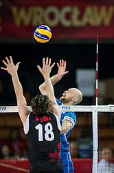 11.09.2014, Centennial Hall, Breslau, POL, FIVB WM, Kanada vs Finnland, 2. Runde, Gruppe F, im Bild Nicholas Hoag canada #18 Antti Siltala finland #5 // Nicholas Hoag canada #18 Antti Siltala finland #5 during the FIVB Volleyball Men's World Championships 2nd Round Pool F Match beween Canada and Finland at the Centennial Hall in Breslau, Poland on 2014/09/11. EXPA Pictures © 2014, PhotoCredit: EXPA/ Newspix/ Sebastian Borowski<br /> <br /> *****ATTENTION - for AUT, SLO, CRO, SRB, BIH, MAZ, TUR, SUI, SWE only*****