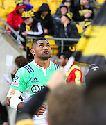 Highlanders' Waisake Naholo looks skyward as he runs onto the Westpac stadium pitch during the Round 14 Super Rugby match, Hurricanes v Highlanders at Westpac Stadium, Wellington. 27th May 2016. Copyright Photo.: Grant Down / www.photosport.nz