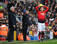 Football - 2018 / 2019 Premier League - Fulham vs. Manchester United<br /> <br /> Manchester United caretaker manager Ole Gunnar Solskjaer shouts instructions to his team from the technical area, at Craven Cottage.<br /> <br /> COLORSPORT/ASHLEY WESTERN