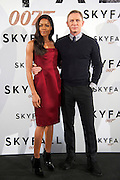 29.OCTOBER.2012. MADRID<br /> <br /> DANIEL CRAIG AND NAOMIE HARRIS ATTEND THE SKYFALL PHOTOCALL AT HOTEL VILLAMAGNA IN MADRID.<br /> <br /> BYLINE: EDBIMAGEARCHIVE.CO.UK<br /> <br /> *THIS IMAGE IS STRICTLY FOR UK NEWSPAPERS AND MAGAZINES ONLY*<br /> *FOR WORLD WIDE SALES AND WEB USE PLEASE CONTACT EDBIMAGEARCHIVE - 0208 954 5968*