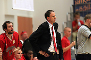 1.10.2014, Loimaan liikuntahalli, Loimaa.<br /> Korisliiga 2014-15, Nilan Bisons, Loimaa - Kouvot.<br /> Valmentaja Greg Gibson - Bisons