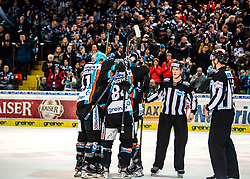 11.02.2020, Keine Sorgen Eisarena, Linz, AUT, EBEL, EHC Liwest Black Wings Linz vs HC Orli Znojmo, Zwischenrunde, im Bild Der EHC Liwest Black feiert das 2 zu 1 durch Rick Schofield (EHC Liwest Black Wings Linz) // during the Erste Bank Eishockey League Intermediate round match between EHC Liwest Black Wings Linz and HC Orli Znojmo at the Keine Sorgen Eisarena in Linz, Austria on 2020/02/11. EXPA Pictures © 2020, PhotoCredit: EXPA/ Reinhard Eisenbauer