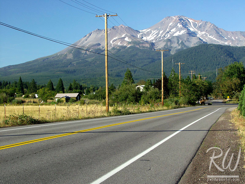 Lake Street, Mount Shasta, California