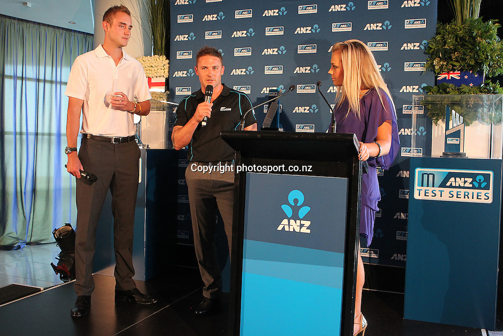 England captain Stuart Broad with NZ captain Brendon MCCullum and Laura MCGoldrick at the ANZ International Cricket Series Launch at Bellini, Hilton Hotel Auckland, 7 February 2013