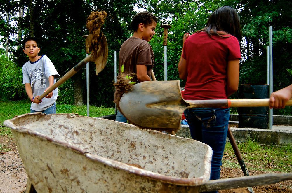 RANCHO EBENEZER / WORLD GOSPEL OUTREACH<br /> Honduras 2013<br /> (Copyright &copy; Aaron Sosa)