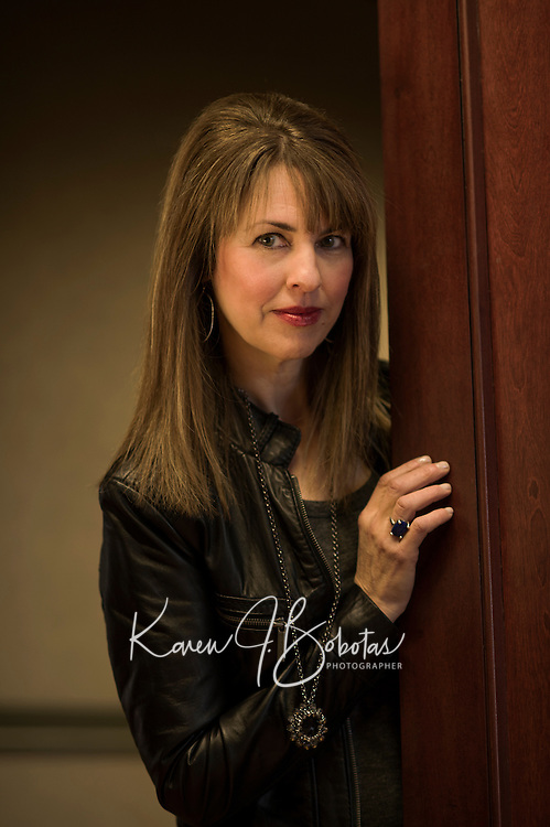 Photo shoot with Susan Kanoff and Cathleen Trainor   © 2014 Karen Bobotas Photographer
