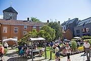 Hornemannsgården tilbyr også matserverng under Olavsfestdagene, både inne og ute i den vakre hagen.