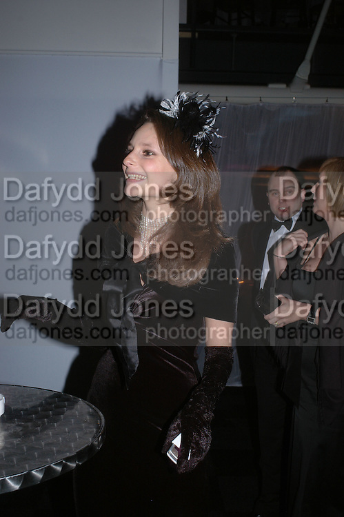 Josephine Melville-Smith. The Black and White Winter Ball. Old Billingsgate. London. 8 February 2006. -DO NOT ARCHIVE-© Copyright Photograph by Dafydd Jones 66 Stockwell Park Rd. London SW9 0DA Tel 020 7733 0108 www.dafjones.com