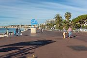 Oeuvre de SAB inspirée de la chaise bleue de la promenade des Anglais à Nice  // Art piece called : Oeuvre de SAB inspirée de la chaise bleue de la promenade des Anglais, related to the famouses blue chairs of Nice