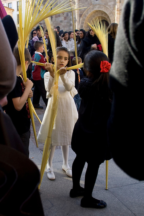 (Zamora, Spain - March 31, 2010) - A girl during the children's procession on the first weekend of Semana Santa in Zamora. ..Photo by Will Nunnally / Will Nunnally Photography