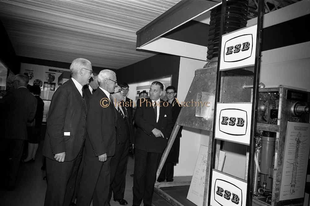22/10/1963<br /> 10/22/1963<br /> 22 October 1963<br /> R.D.S. Scientific Exhibition opens, Ballsbridge, Dublin. ESB stand at the exhibition. Taoiseach Sean Lemass on right.