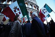 Manifestazione in supporto ai due maro' detenuti in India presso il Colosseo<br /> Roma - Colosseo 3 Aprile 2013. Matteo Ciambelli / OneShot