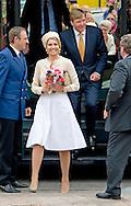 6-5-2014 -   NEEDE - Koning Willem-Alexander en koningin Maxima brengen een streekbezoek. Ontmoeting met bewoners van Neede (Gemeenschapsraad Neede) over de  vier thema's van de Achterhoek Agenda 2020 en het project Achterhoek Connect. COPYRIGHT ROBIN UTRECHT
