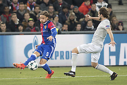November 22, 2017 - Basel, BS, Schweiz - Basel, Fussball UEFA Champions League, FC Basel - Manchester United. 22.11. 2017. Basels Michael Lang gengen Manchesters Daley Blind. (Credit Image: © Daniel Teuscher/EQ Images via ZUMA Press)