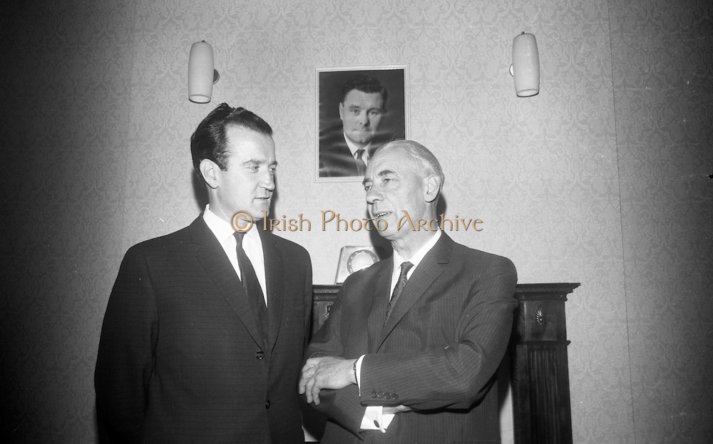 "The American Ambassador to  Ireland, Raymond R. Guest, unveilled a plaque at ""Glena"", Rock Road, Booterstown, Co. Dublin, the house in which John Count McCormack, the world famous Irish tenor, died 21 years ago.27.09.1966"
