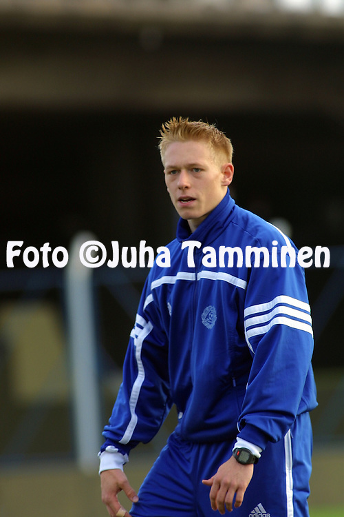18.06.2001, CA V?lez Sarsfield, Buenos Aires, Argentina. FIFA Youth World Cup, Finland training session. Mikael Forssell..©JUHA TAMMINEN