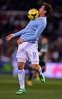 FUSSBALL INTERNATIONAL   SERIE A   23. Spieltag   SAISON 2013/2014    Lazio Rom - Sassuolo Calcio           25.02.2014 Miroslav Klose (Lazio Rom) am Ball