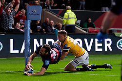 Luke Morahan of Bristol Bears scores his sides first try of the game  - Mandatory by-line: Ryan Hiscott/JMP - 18/10/2019 - RUGBY - Ashton Gate - Bristol, England - Bristol Bears v Bath Rugby - Gallagher Premiership Rugby