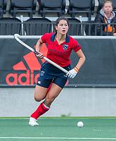AMSTELVEEN  - Bente van der Veldt (Laren) tijdens de hoofdklasse competitiewedstrijd hockey dames , Amsterdam-Laren (3-0)  , COPYRIGHT KOEN SUYK