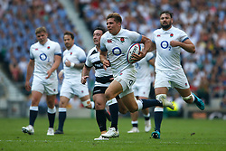 Piers Francis of England runs in to score a try for England - Mandatory by-line: Ryan Hiscott/JMP - 27/05/2018 - RUGBY - Twickenham Stadium - London, England - England v Barbarians - Quilter Cup