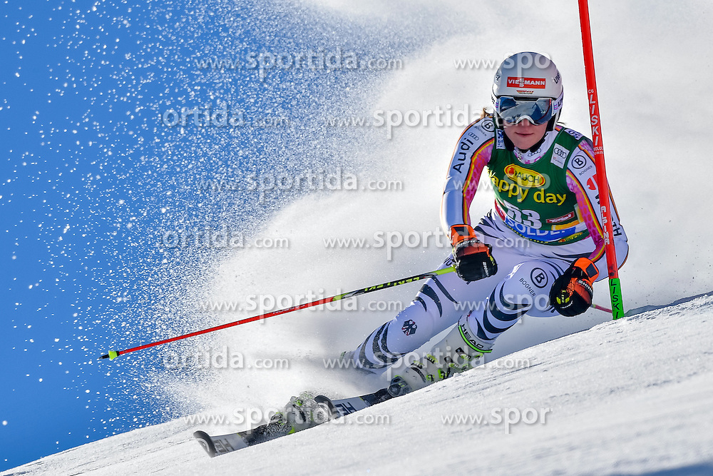 22.10.2016, Rettenbachferner, Soelden, AUT, FIS Weltcup Ski Alpin, Soelden, Riesenslalom, Damen, 1. Durchgang, im Bild Katrin Hirtl-Stanggassinger (GER) // Katrin Hirtl-Stanggassinger of Germany in action during 1st run of ladies Giant Slalom of the FIS Ski Alpine Worldcup opening at the Rettenbachferner in Soelden, Austria on 2016/10/22. EXPA Pictures &copy; 2016, PhotoCredit: EXPA/ Nisse Schmid<br /> <br /> *****ATTENTION - OUT of SWE*****