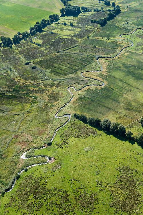 Nederland, Drenthe, Gemeente Anloo, 27-08-2013; Drentsche Aa  (Rolderdiep), beek met natuurlijk loop in de vorm van meanders.  Onderdeel van het Nationaal beek- en esdorpenlandschap Drentsche Aa.<br /> Drentsche Aa (Rolderdiep), stream with natural course in the form of meanders. Part of the National brook and village landscape Drentsche Aa.<br /> luchtfoto (toeslag op standaard tarieven);<br /> aerial photo (additional fee required);<br /> copyright foto/photo Siebe Swart.