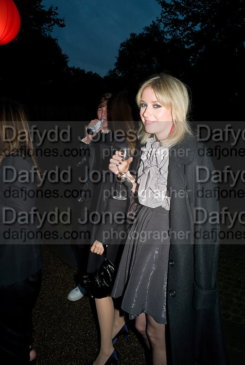 TICKY HEDLEY-DENT. The Summer Party. Hosted by the Serpentine Gallery and CCC Moscow. Serpentine Gallery Pavilion designed by Frank Gehry. Kensington Gdns. London. 9 September 2008.  *** Local Caption *** -DO NOT ARCHIVE-© Copyright Photograph by Dafydd Jones. 248 Clapham Rd. London SW9 0PZ. Tel 0207 820 0771. www.dafjones.com.
