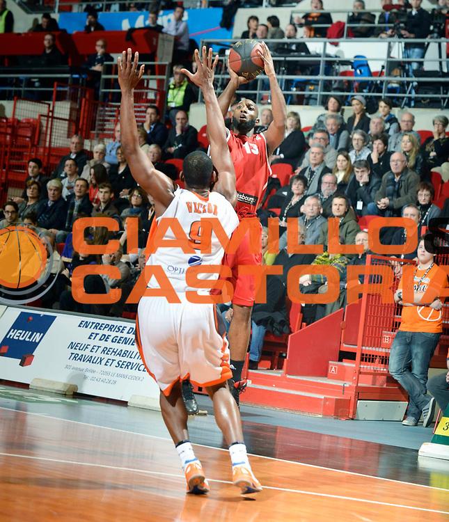 DESCRIZIONE : Championnat de France Pro a Antares Le Mans<br /> GIOCATORE : Campbell Louis<br /> SQUADRA : Strasbourg<br /> EVENTO : Pro A <br /> GARA : Le Mans Strasbourg<br /> DATA : 26/01/2013<br /> CATEGORIA : Basketball France Homme<br /> SPORT : Basketball<br /> AUTORE : JF Molliere<br /> Galleria : France Basket 2012-2013 Action<br /> Fotonotizia : Championnat de France Basket Pro A<br /> Predefinita :