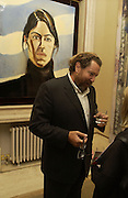 Julian Schnabel. Pintura del Siglo XXI - Julian Schnabel exhibition. ROBILANT + VOENA, Dover St. London. 19  October 2005. ONE TIME USE ONLY - DO NOT ARCHIVE © Copyright Photograph by Dafydd Jones 66 Stockwell Park Rd. London SW9 0DA Tel 020 7733 0108 www.dafjones.com