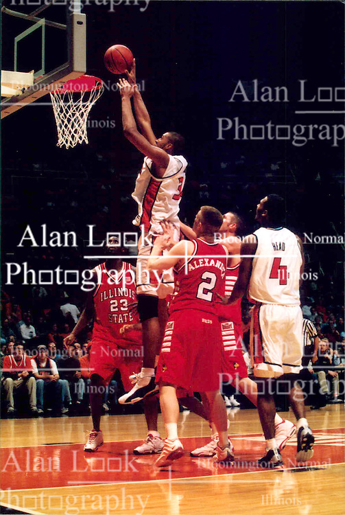 December 18, 2001: University of Illinois Fighting Illini basketball player Brian Cook...This image was scanned from a print.  Image quality may vary.  Dust and other unwanted artifacts may exist.