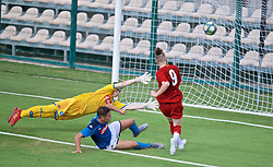 NAPLES, ITALY - Tuesday, September 17, 2019: Liverpool's Harvey Elliott sees his shot deflected over during the UEFA Youth League Group E match between SSC Napoli and Liverpool FC at Stadio Comunale di Frattamaggiore. (Pic by David Rawcliffe/Propaganda)