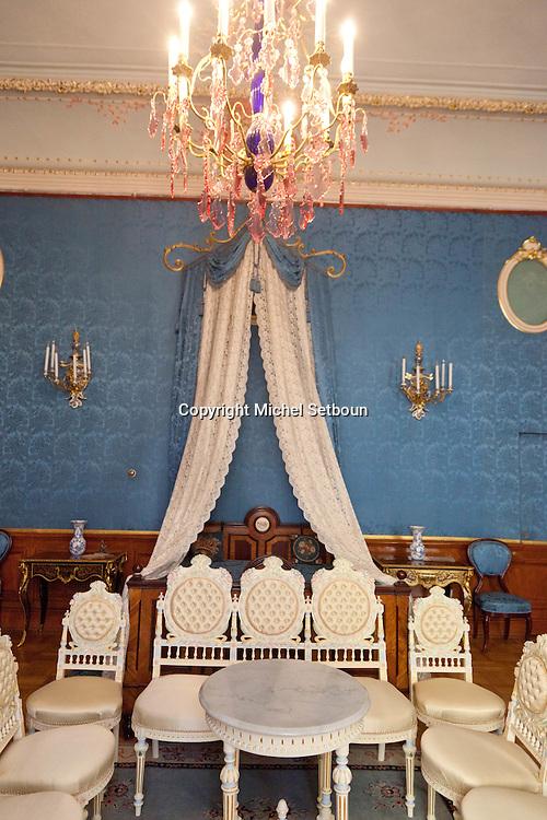 Russia, St Petersburg, interiors of Yussoupov palace museum. sleeping room /// interieur du palais musee Youssoupov. Saint Petersbourg. Russie. chambre a coucher
