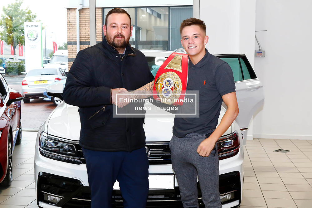 Pictured: IBF Youth Bantamweight Champion Lee McGregorwith Lee Johnstone (VW Specialist Cars Fife) after securing a long term deal .<br /> <br /> Colin Poultney   EEm 01/08/2018